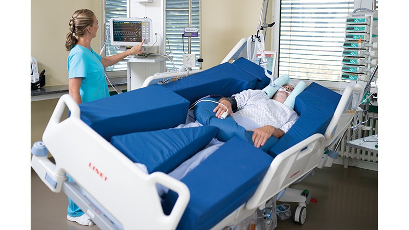 Multicare intensivseng med terapifunktioner - sidekip til lungedræn